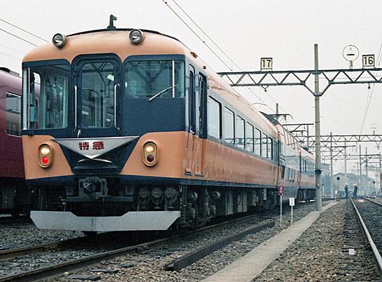 Kintetsu-10100-8