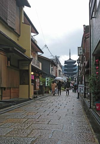 Kiyomizuzaka-1